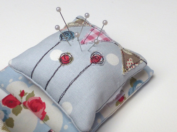 Pincushion thread catcher - 03