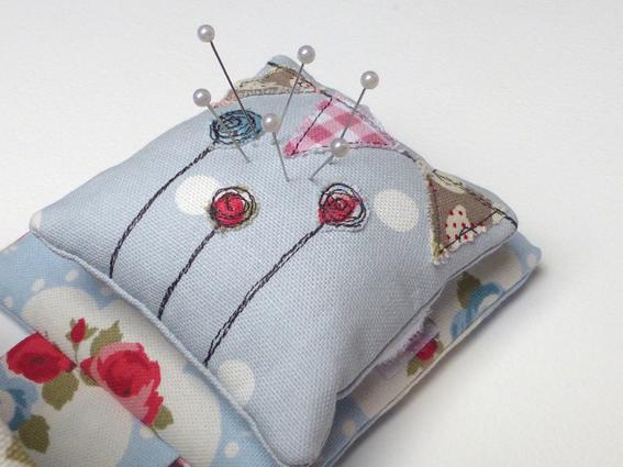 Pincushion thread catcher - 03