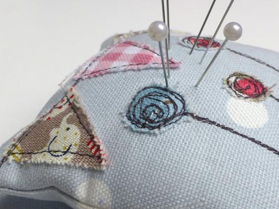 Pincushion thread catcher - 05