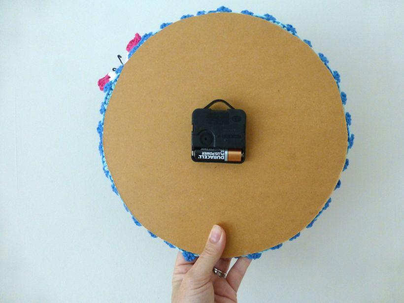 crochet clock mechanism