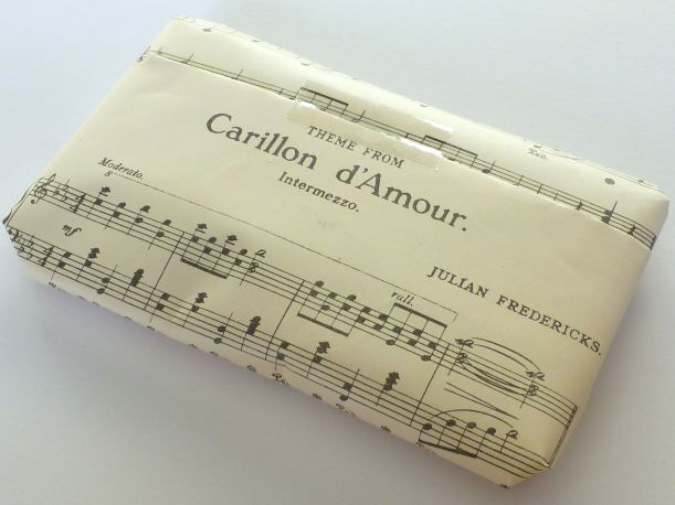 Music wrapping paper
