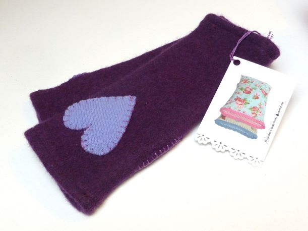 Upcyled lambswool wristwarmers
