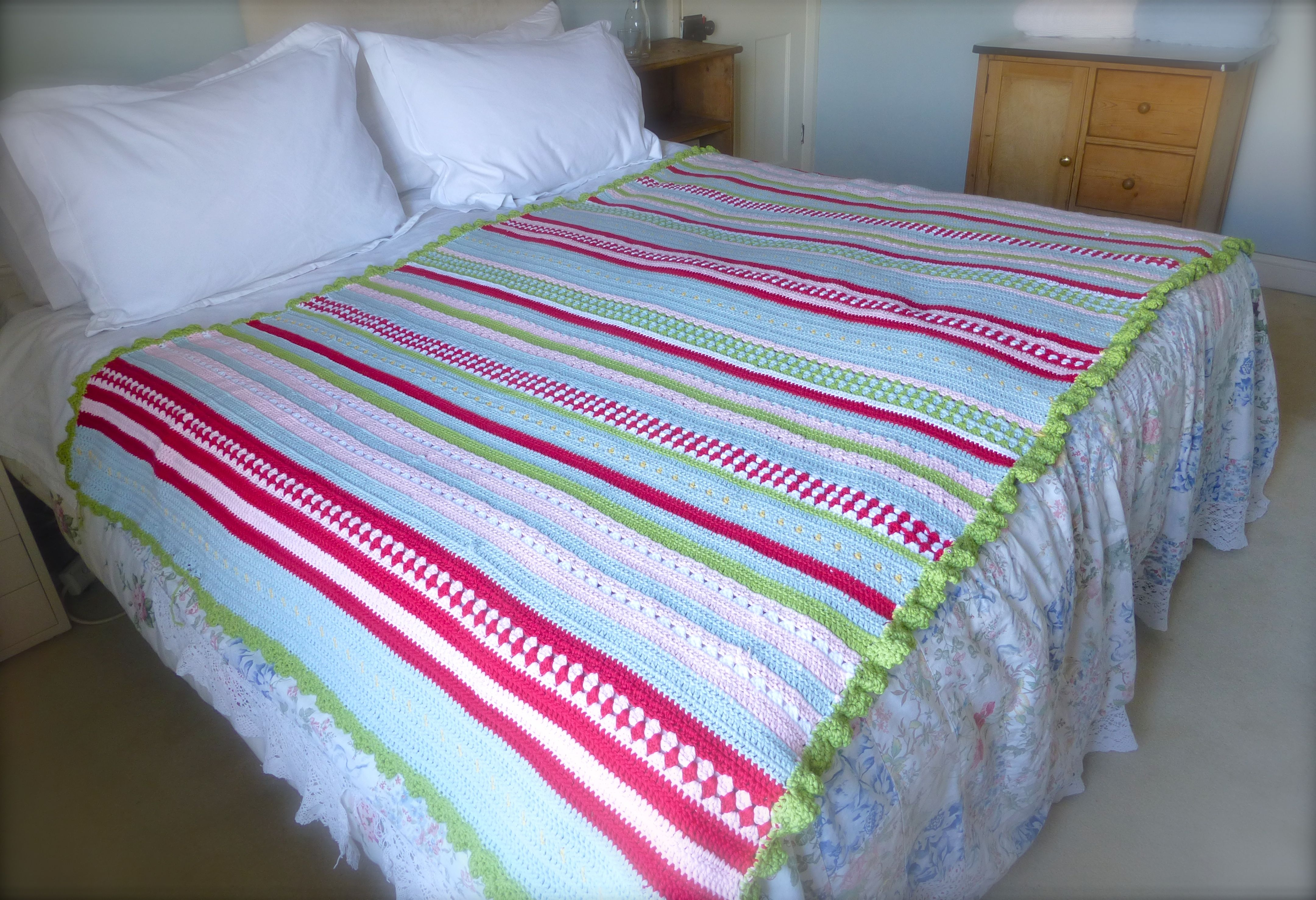 Finished! Greengate Style Crochet Blanket (With FREE pattern!)   Sewchet