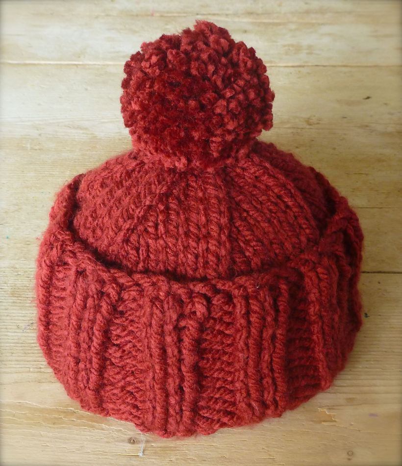 knitted bobble hat pattern