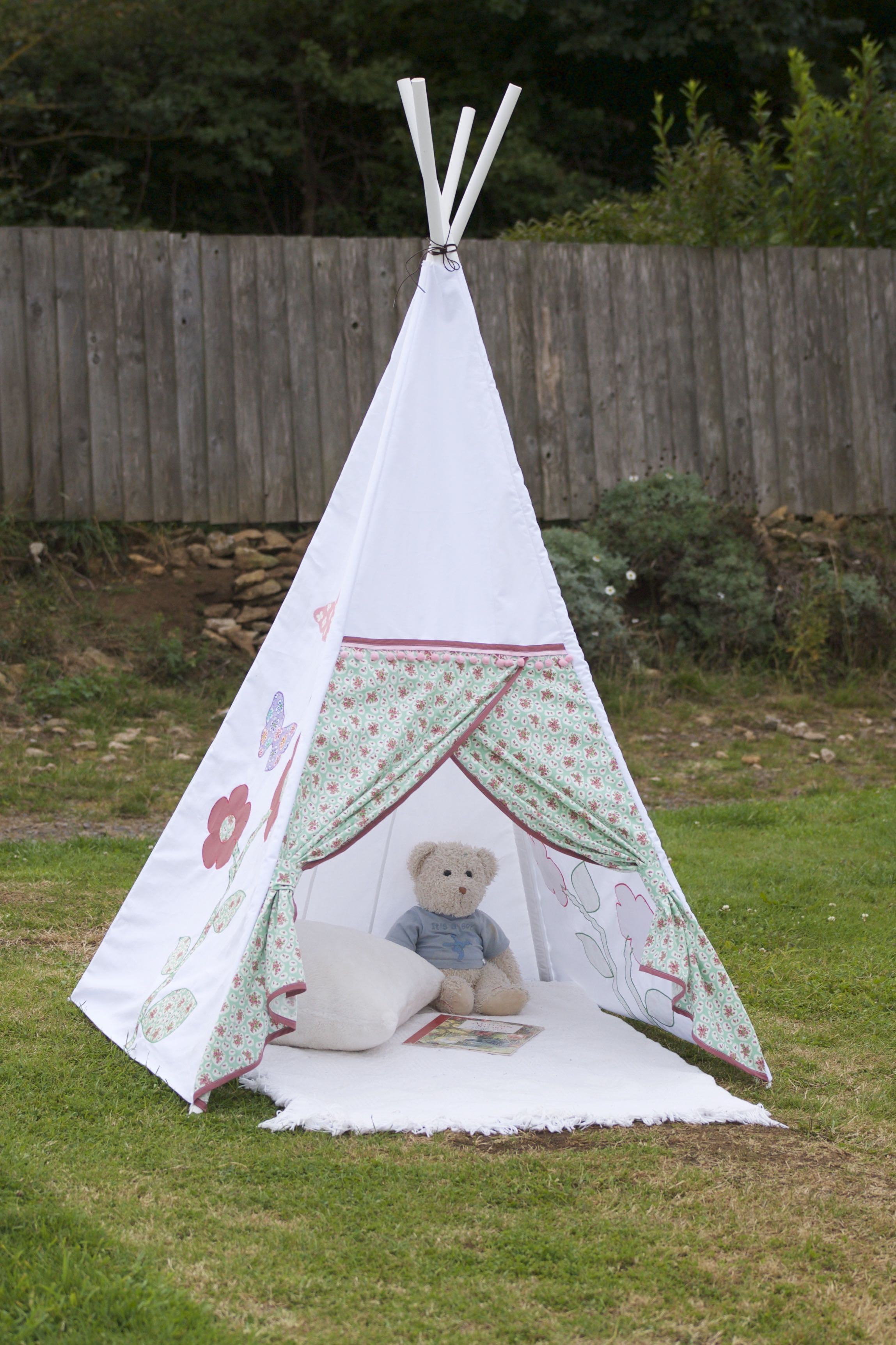 How To Make A Tent How To Make A Childs Teepee Wigwam Sewchet