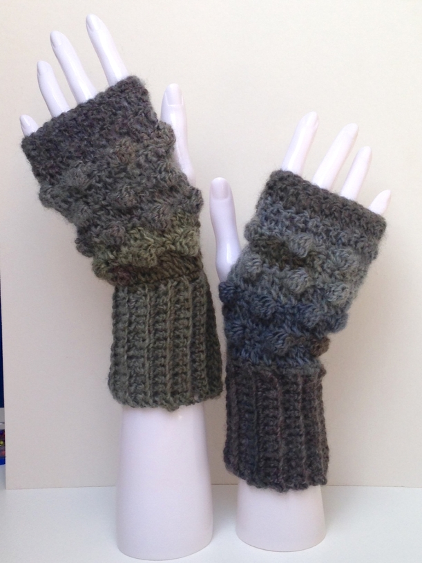 Bobble gloves