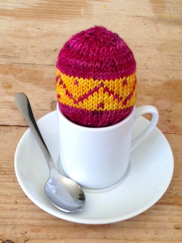Knitted egg