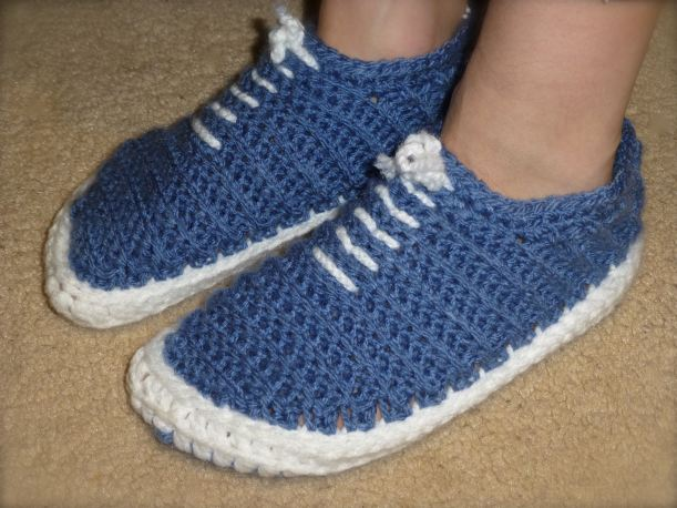 Blue vans crocheted slippers2