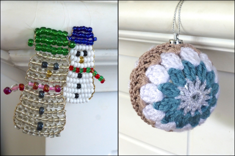 crochet bauble beaded snowmen