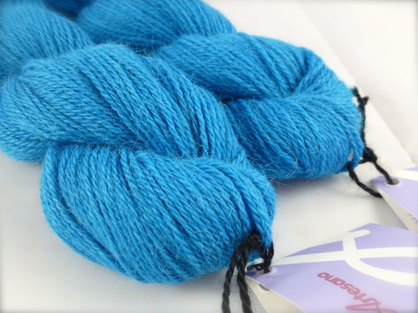 Artesano yarn detail