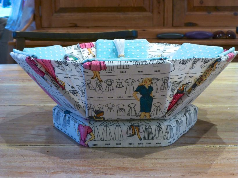 Cartonnage sewing box 1