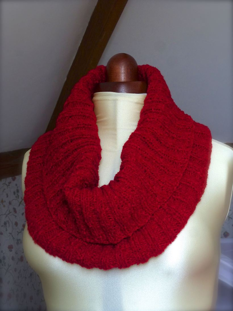 Knitted Rib Cowl