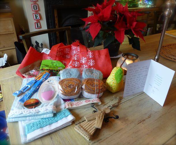 yarn stitching santa 1