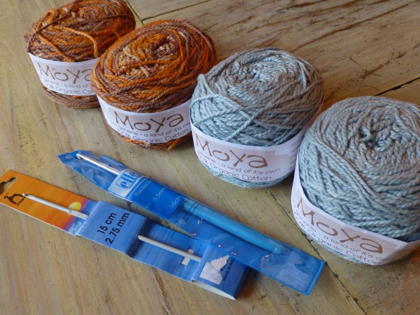 yarn stitching santa 5