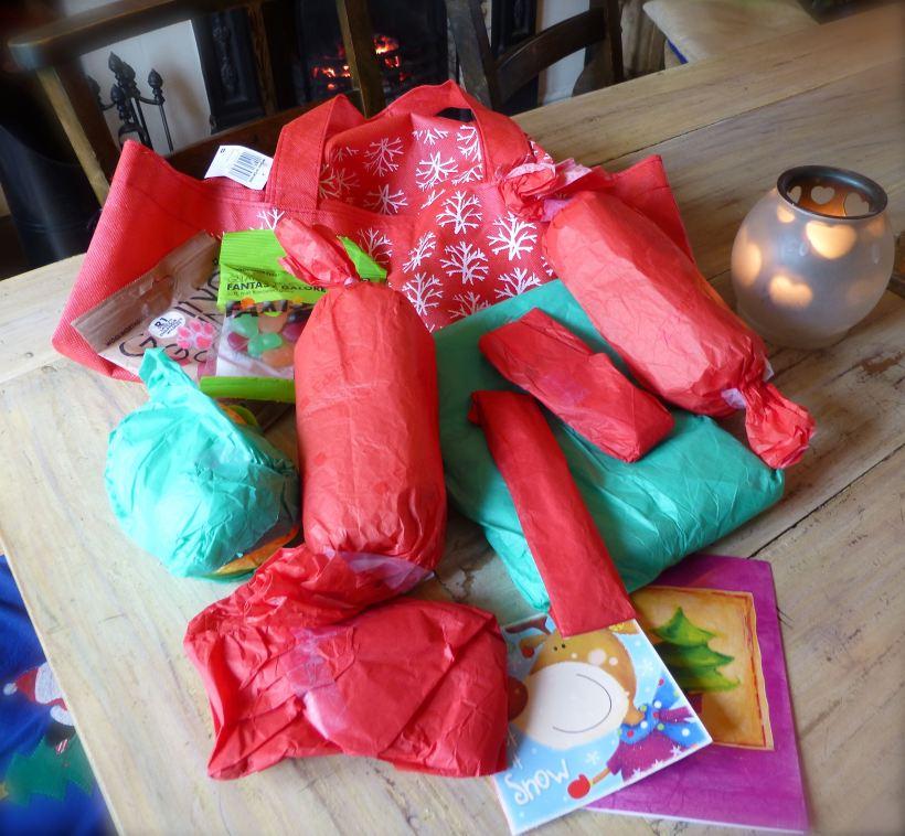 yarn stitching santa