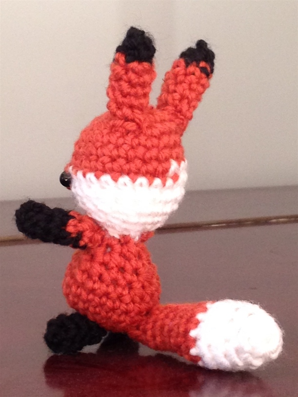 crochet fox back