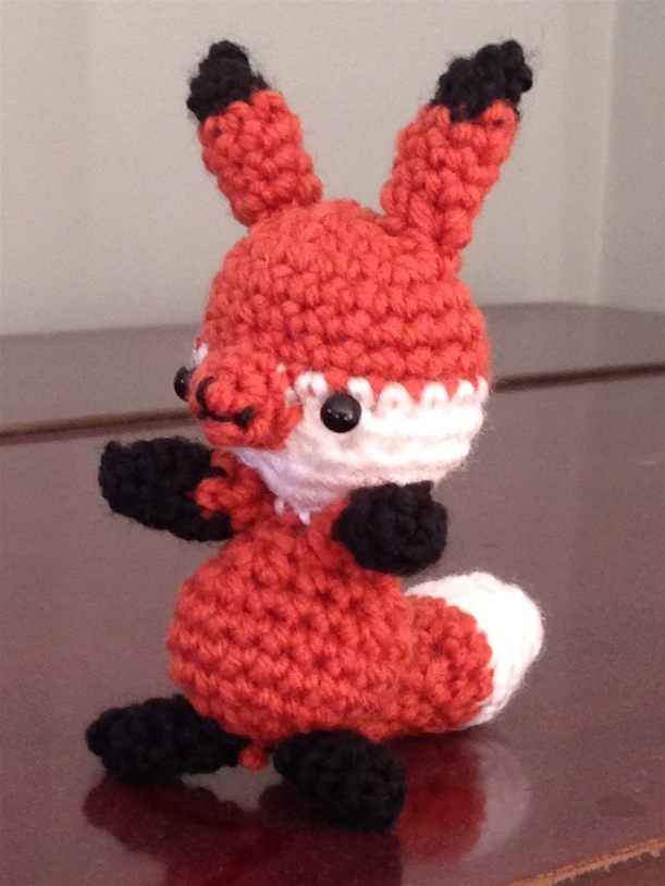 crochet fox front