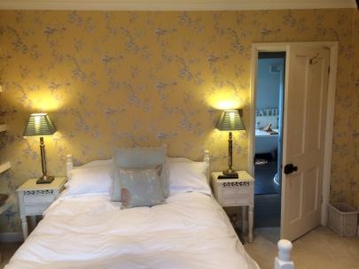 guest bedroom makeover5